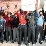 Lahore - Protest of Students and teachers continue against autonomy for 26 public colleges of Punjab - TheNews Breaking News 9-12-2010