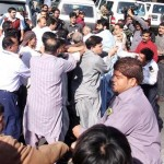 PIA workers clash at Karachi Airport on Strike issue