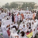 Punjab Nurses Protest in Lahore on 24-11-2011 -13
