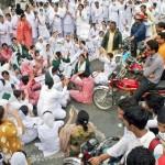 Punjab Nurses Protest in Lahore on 24-11-2011 -17