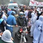 Punjab Nurses Protest in Lahore on 24-11-2011 -6