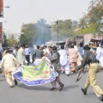 Police Batton Charge on NPIW protesting Employees